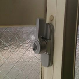 茂原市窓の鍵交換
